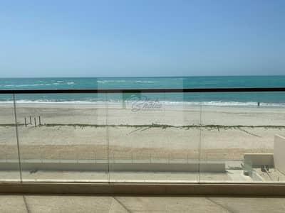 فیلا 7 غرف نوم للايجار في جزيرة السعديات، أبوظبي - Idyllic 7 BR + Maid's Villa With Direct Beach Access