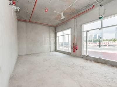 محل تجاري  للايجار في مثلث قرية الجميرا (JVT)، دبي - Shell and Core | Shop | Imperial Residence
