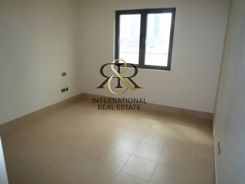 2 Spacious 1 Bedroom Apartment with balcony | Well Maintained