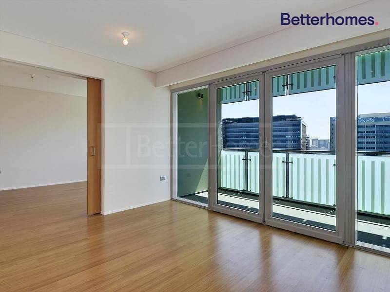 Beach access | One Bedroom |Spacious I Canal view