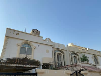 Two-storey villa opposite the garden in Al Quoz
