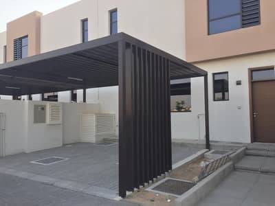 3 Bedroom Townhouse for Sale in Al Tai, Sharjah - 3 Bedroom Ready To Move  Townhouse with free Service charge life time