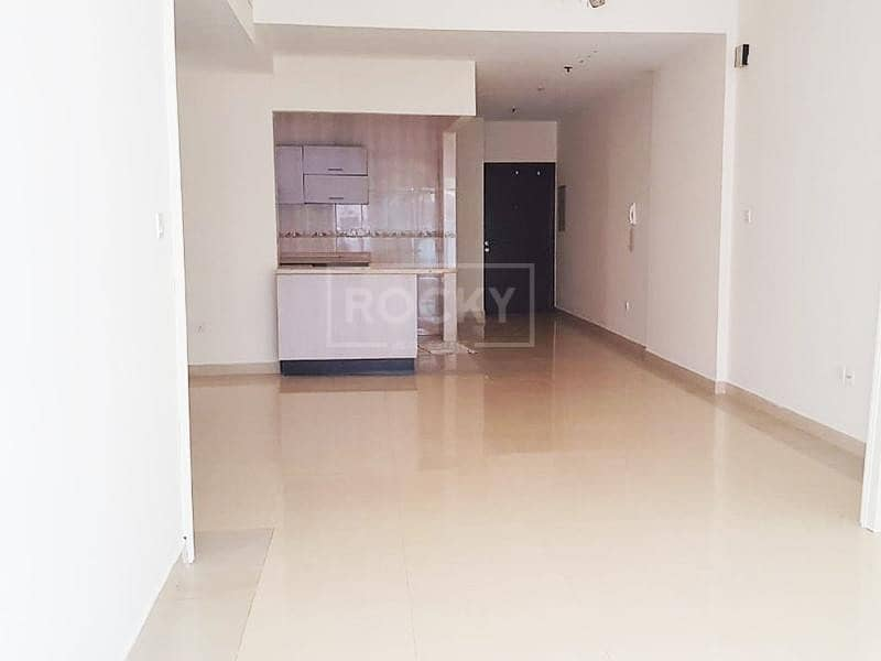 Spacious   1-Bed   Zenith Tower 1