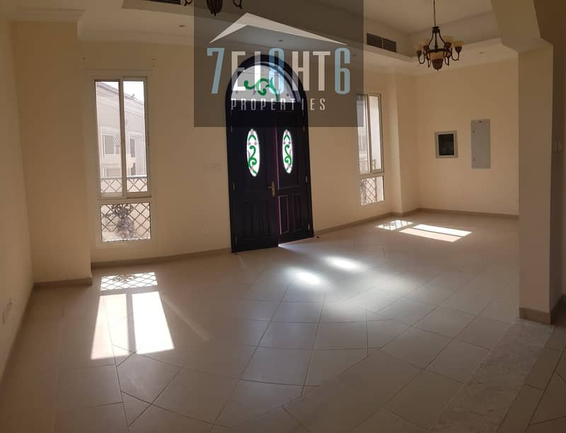 2 Outstanding quality: 3 b/r semi-indep villa + maids room + sharing swimming pool + large landscaped garden
