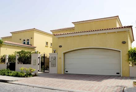3 Bedroom Villa for Rent in Jumeirah Park, Dubai - 3 Bedroom Legacy Small  Close to Park District 5
