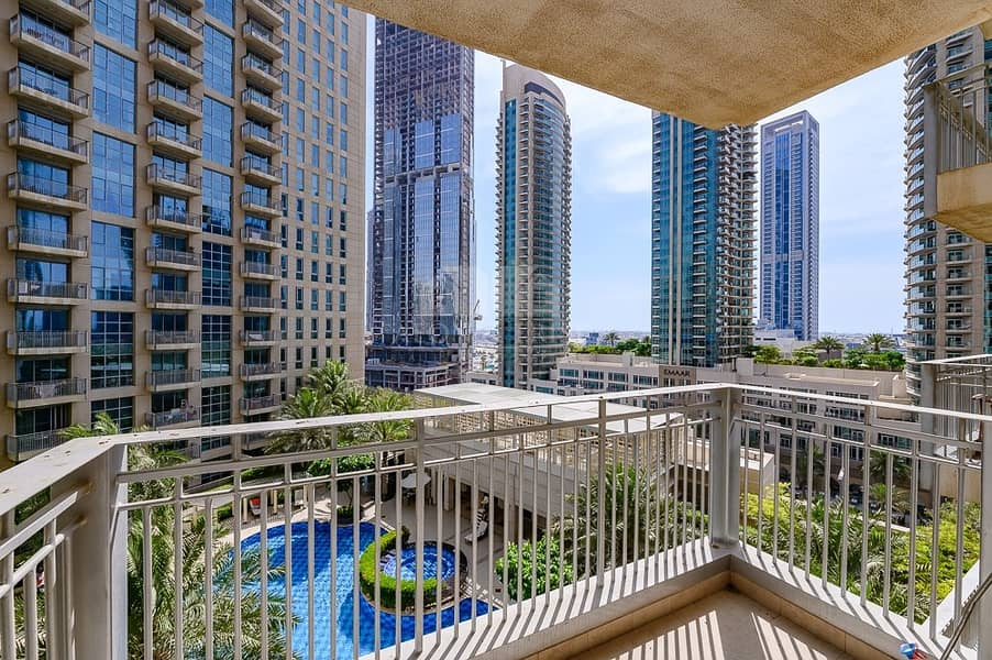 10 Spacious 1 Bedroom   Pool View   Chiller Free