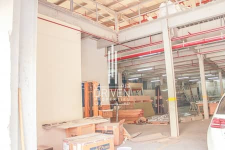 Warehouse for Sale in Dubai Investment Park (DIP), Dubai - Vacant High-Quality Industrial Warehouse