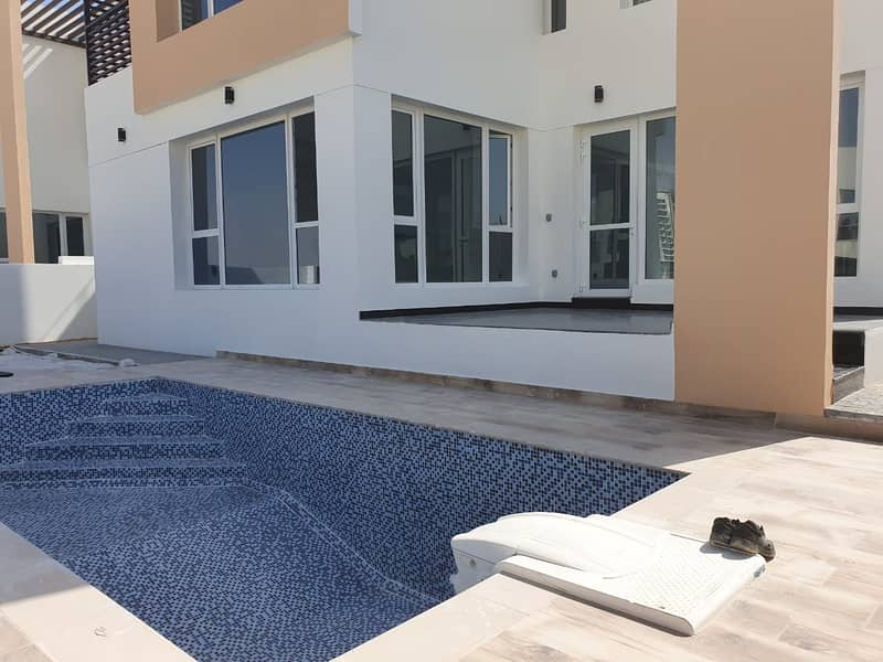 14 Upgraded Brand New Modern 5 BR Villa Plus Maid and Pool