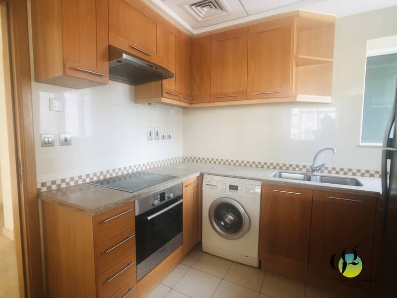 2 WELL MAINTAINED AND MAINTENANCE FREE UNIT AVAILABLE FOR RENT