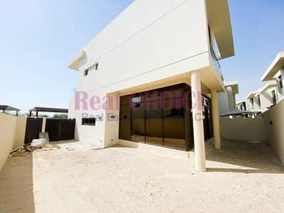 3 Bedroom Villa for Sale in DAMAC Hills (Akoya by DAMAC), Dubai - Type TH-M   Spacious 3BR Plus Maids Villa