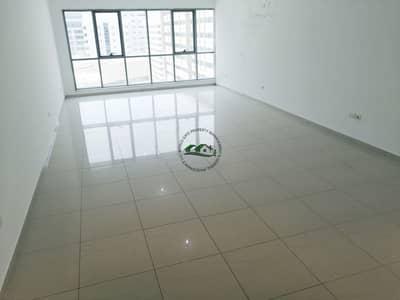 فلیٹ 3 غرف نوم للايجار في الخالدية، أبوظبي - Remarkably Stunning and Spacious 3 Bed Residence with Free Parking