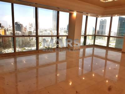 شقة 4 غرف نوم للايجار في الخالدية، أبوظبي - Simply Spectacular Family Home