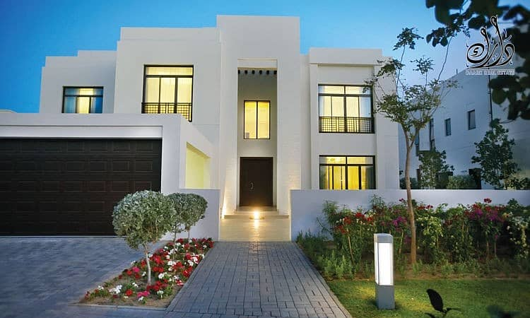 12 villa in Downtown Dubai with crystal lagoon View