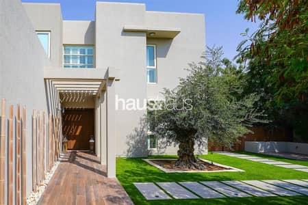 فیلا 5 غرف نوم للبيع في المرابع العربية، دبي - Stunning Fully Upgraded 5 bed Golf Course villa