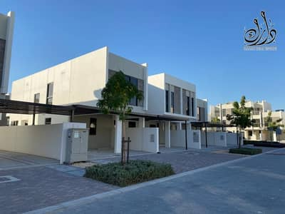 3 Bedroom Villa for Sale in Akoya Oxygen, Dubai - only 1 Million AED with 3 years post handover