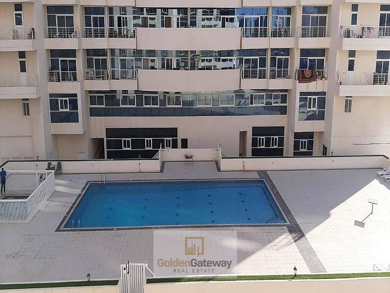 2 Pool View Bright Well Maintained 1 Bedroom