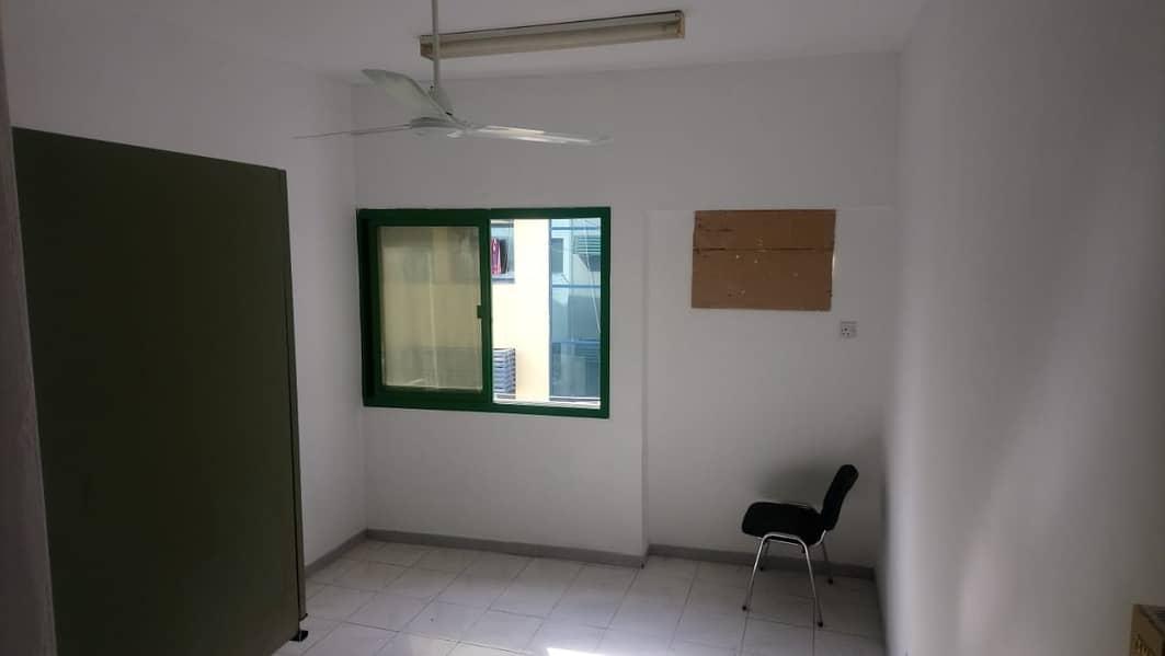 BIG STUDIO FOR RENT IN DEIRA GOOD LOCATION