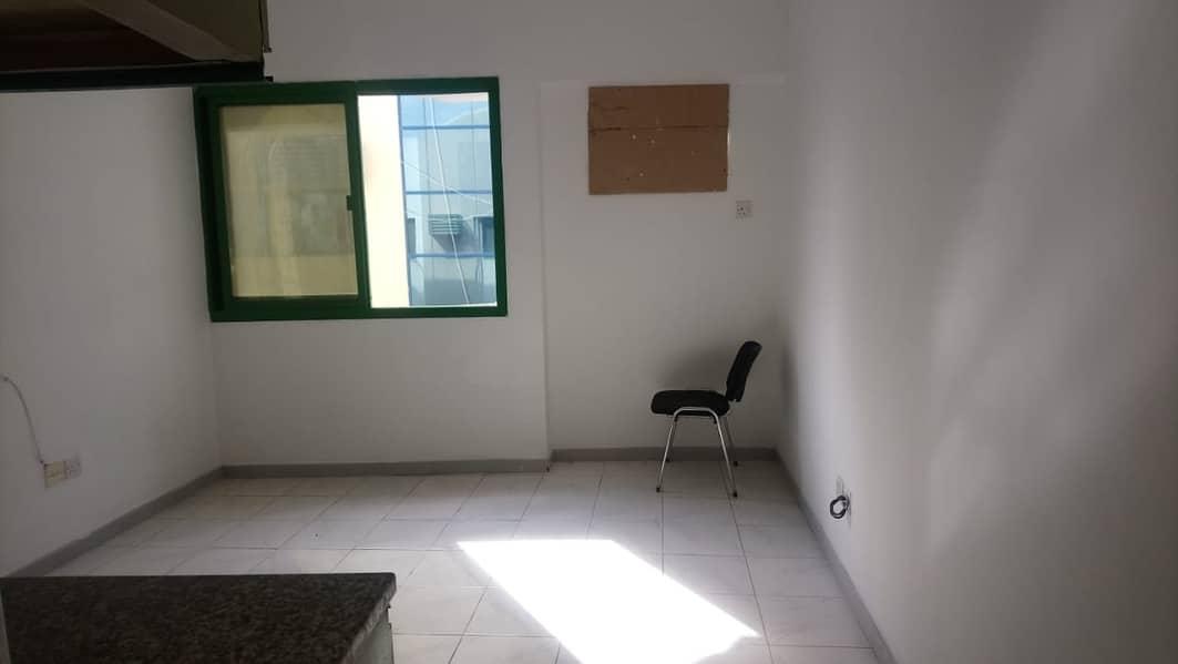 2 BIG STUDIO FOR RENT IN DEIRA GOOD LOCATION