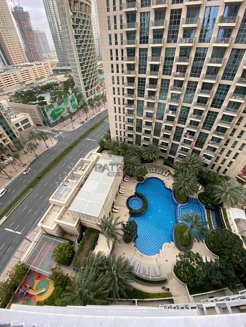 16 Spacious  1BR Apartment | High Floor
