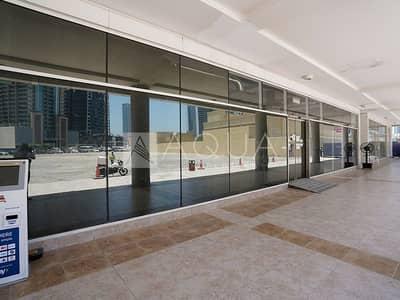 محل تجاري  للايجار في الخليج التجاري، دبي - Huge Retail Shell n Core Space | Clover Bay