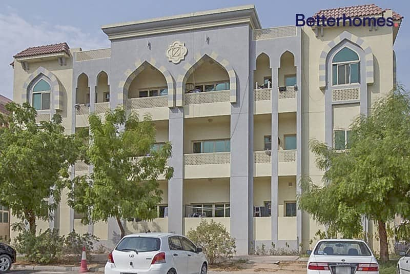 2 10% Gross Return | Full building | 369 AED per sqft