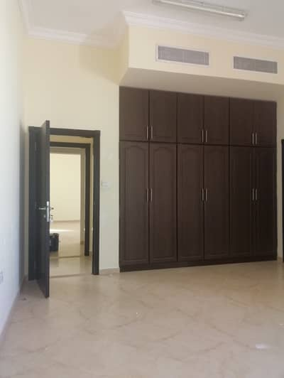 5 Bedroom Villa for Rent in Al Warqaa, Dubai - Luxury villa for rent in AL warqaa (5 bedroom +2hall +majls +kitchen+ parking +garden+maid room)