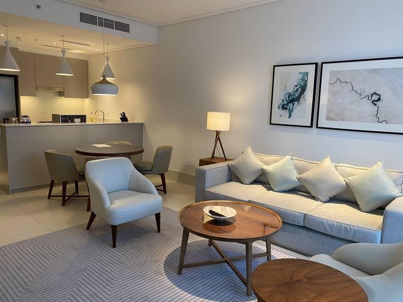 7 Luxury 1bedroom in Vida Residence Downtown