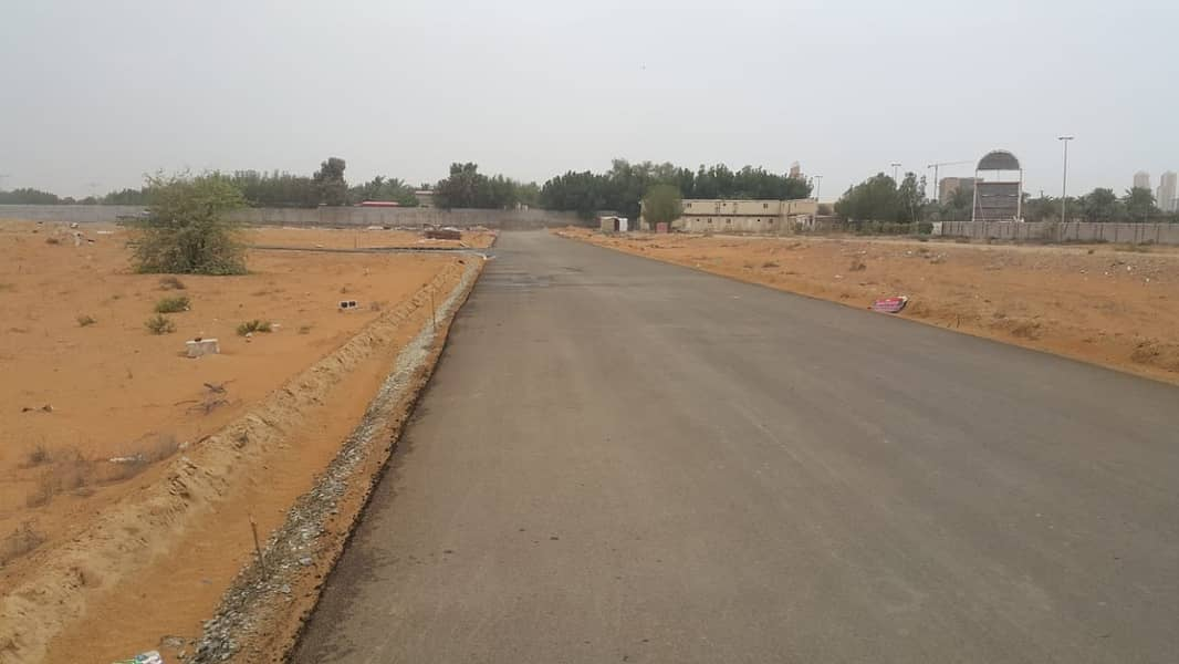Land for sale directly from the owner, Manama, area 8, area of 450 square meters, one street, private residential