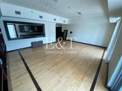 2 Bedroom Apartment for Rent in Dubai Marina, Dubai - Upgraded|Multiple Cheques|Large Layout|Must See