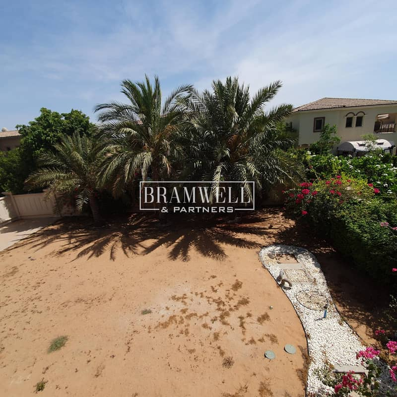32 Spacious 4 Bedroom Stand Alone Villa With Big Plot !
