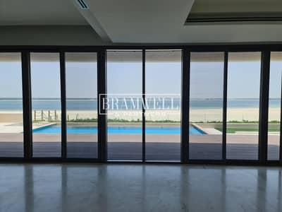 فیلا 5 غرف نوم للبيع في جزيرة السعديات، أبوظبي - Fantastic 5 Bedroom with Direct Beach  Access