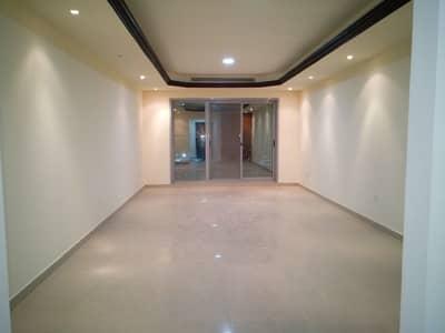 شقة 2 غرفة نوم للبيع في كورنيش عجمان، عجمان - شقة في برج الكورنيش كورنيش عجمان 2 غرف 560000 درهم - 4653868