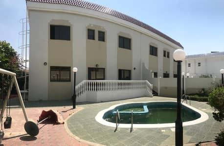 فیلا 5 غرف نوم للايجار في جميرا، دبي - فیلا في جميرا 3 جميرا 5 غرف 170000 درهم - 4654101