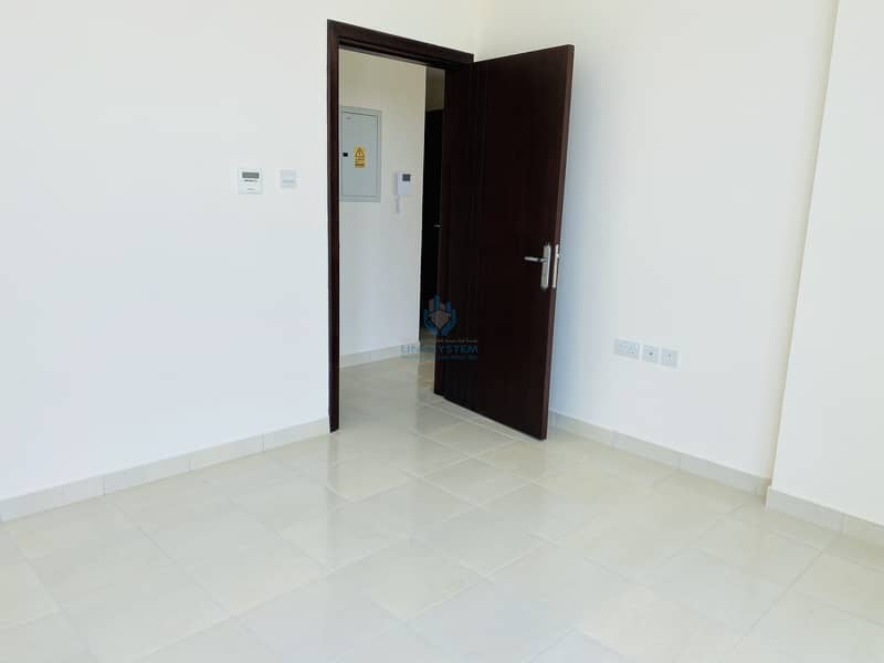 Spacious Brand new 1 bhk flaT for rent in Al murabbah  near clock tower