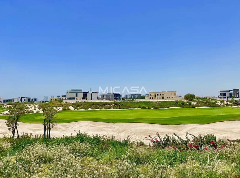 Genuine Listing/Exclusive/Golf course view.