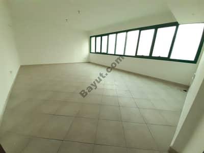 شقة 2 غرفة نوم للايجار في منطقة النادي السياحي، أبوظبي - Specious and Beautiful 2 - Bedroom  Apartment  Available For Sharing