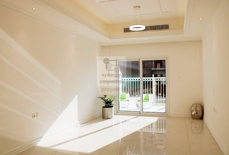 2 Exclusive |  Corner Unit | Pool  View | Multi Payments