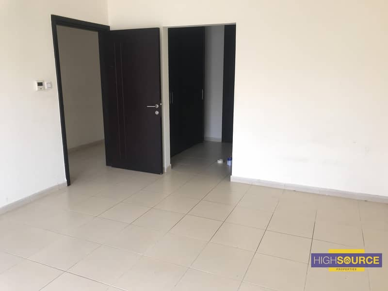 With Maid room 3 bedroom spacious and large
