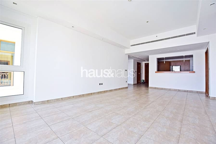 2 Sea View | Mid July | Available to View | Balcony