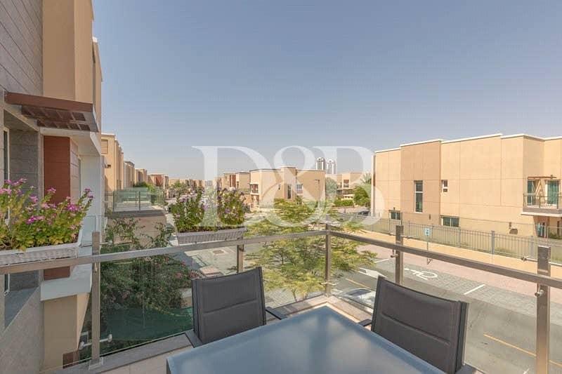 10 Exclusive | Motivated Seller | 3BR Villa Lantana