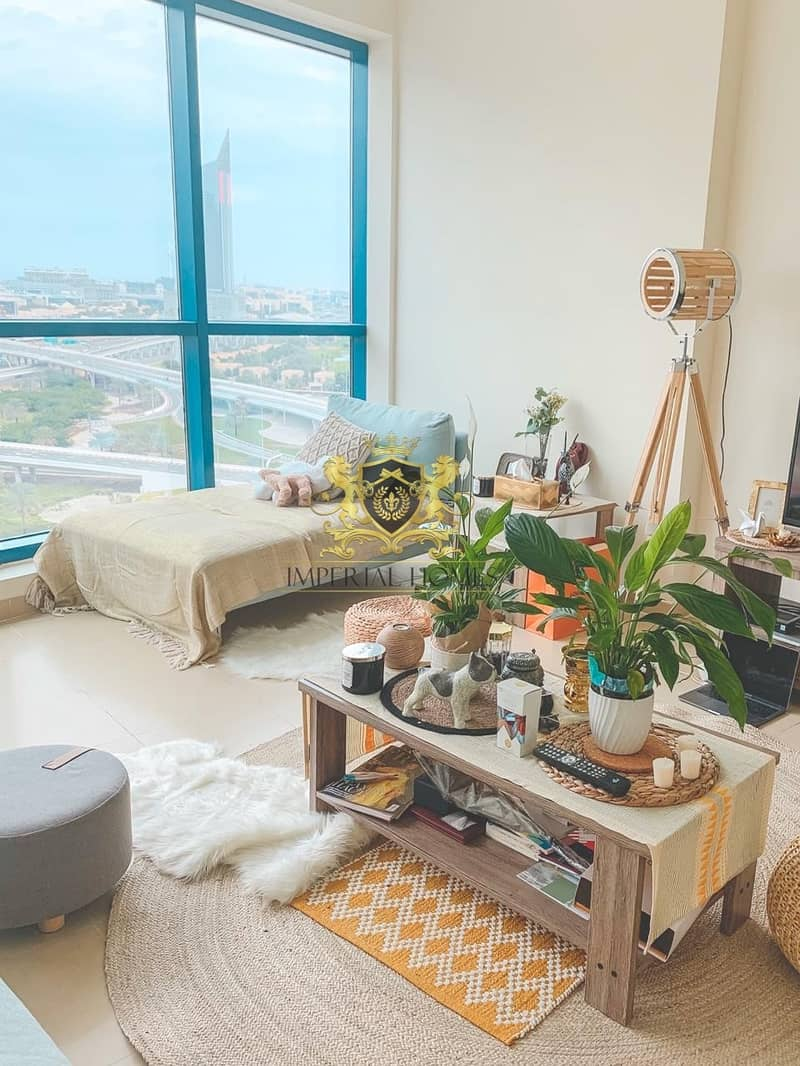 9 High Quality Furnished | SZR View