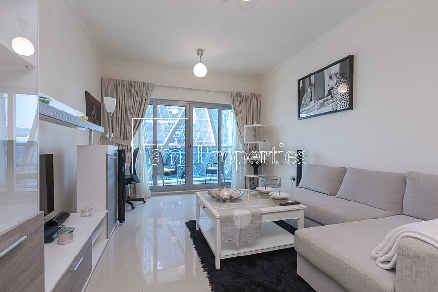 Vibrant lifestyle - High Floor - Well Maintained