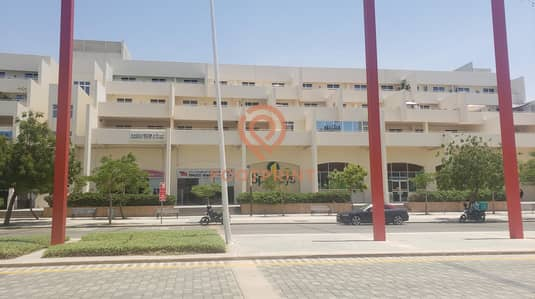 3 Bedroom Flat for Sale in Motor City, Dubai - HUGE 3BHK FLAT + MAID'S ROOM + STORAGE