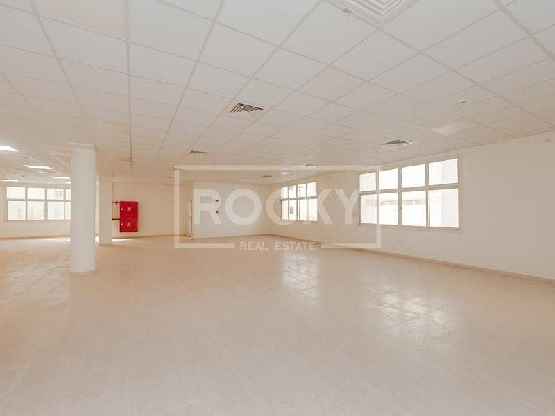 Labour camp 90 rooms | for RENT | DIC
