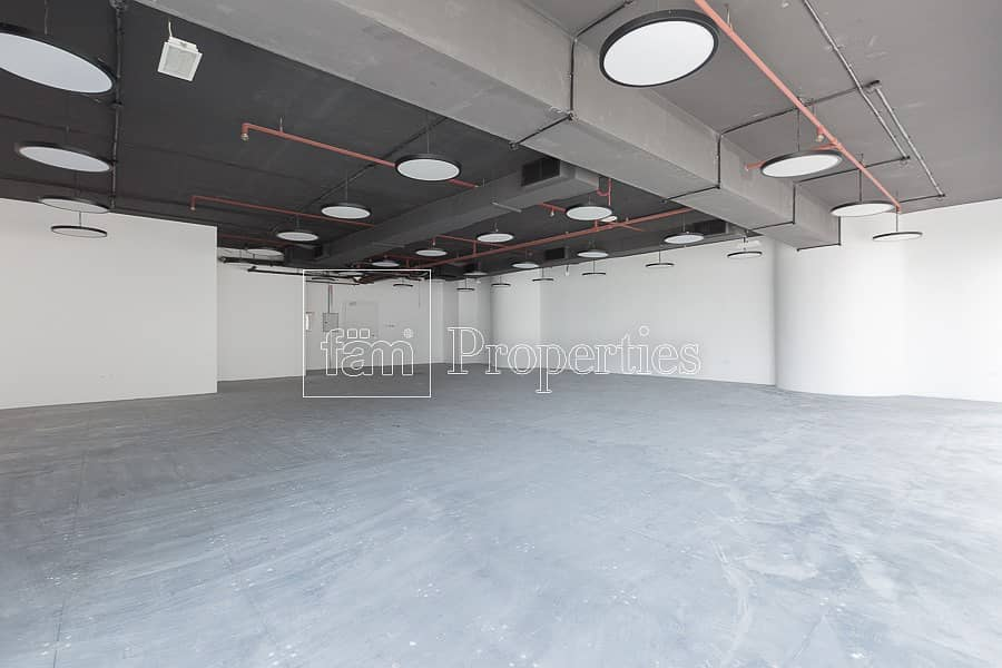 10 Fitted | Open Plan | 2 Parkings | Sheikh Zayed