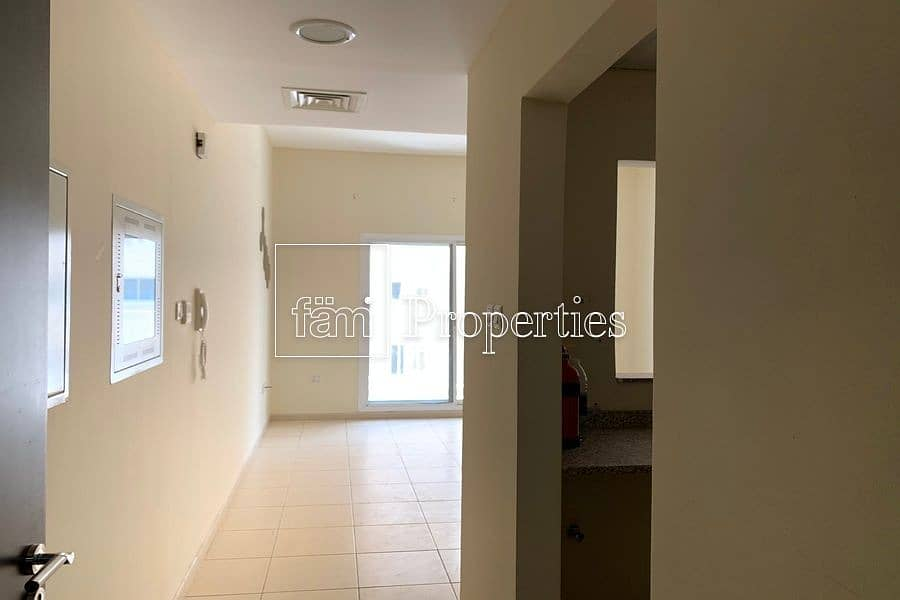 2 1 BR Available| Next to Kids Play Area | Spacious