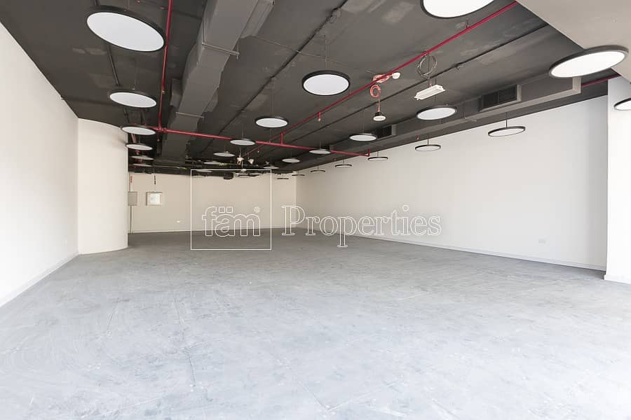 11 Fitted | Open Plan | 2 Parkings | Sheik Zayed
