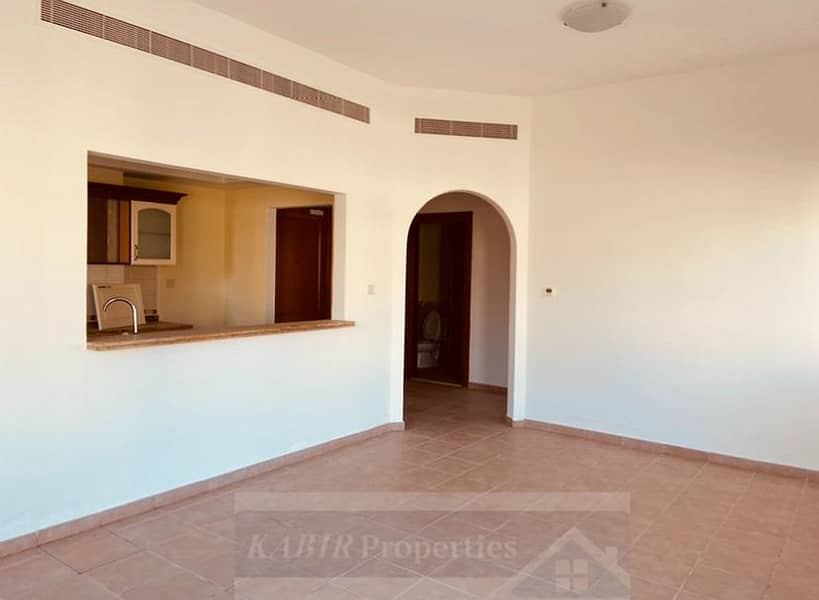 1 Bedroom with Terrace in Ghoroob , 12 cheques and No Commission