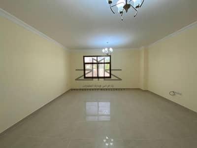 فیلا 4 غرف نوم للايجار في المنتزه، أبوظبي - فیلا في مجمع القرم السكني المنتزه 4 غرف 140000 درهم - 4655965