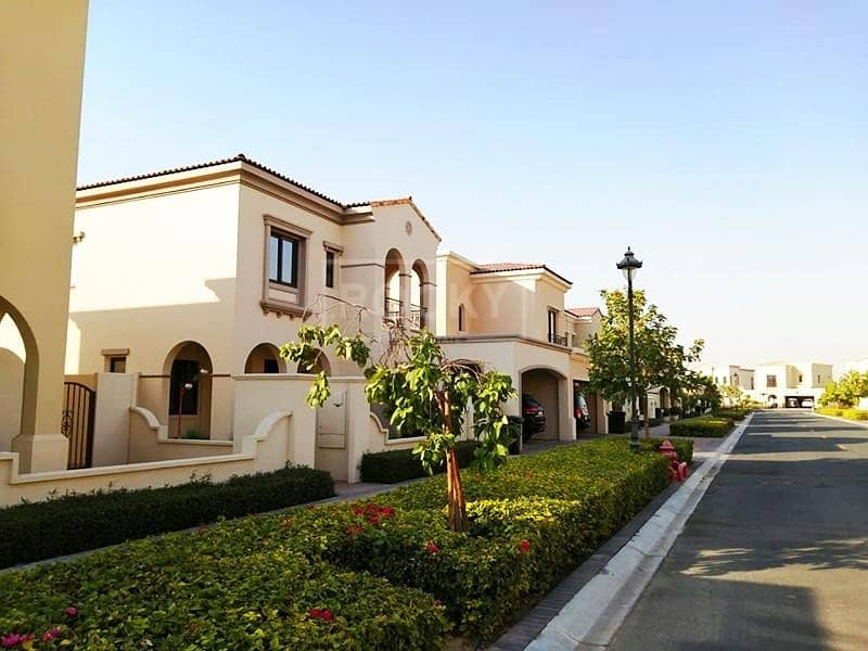 Spacious | 5 Bed plus Maids | 2 Parking | Arabian Ranches